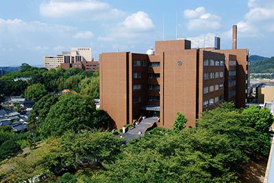 ①川崎医療短期大学